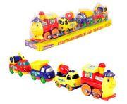 Игрушечный поезд с машинками
